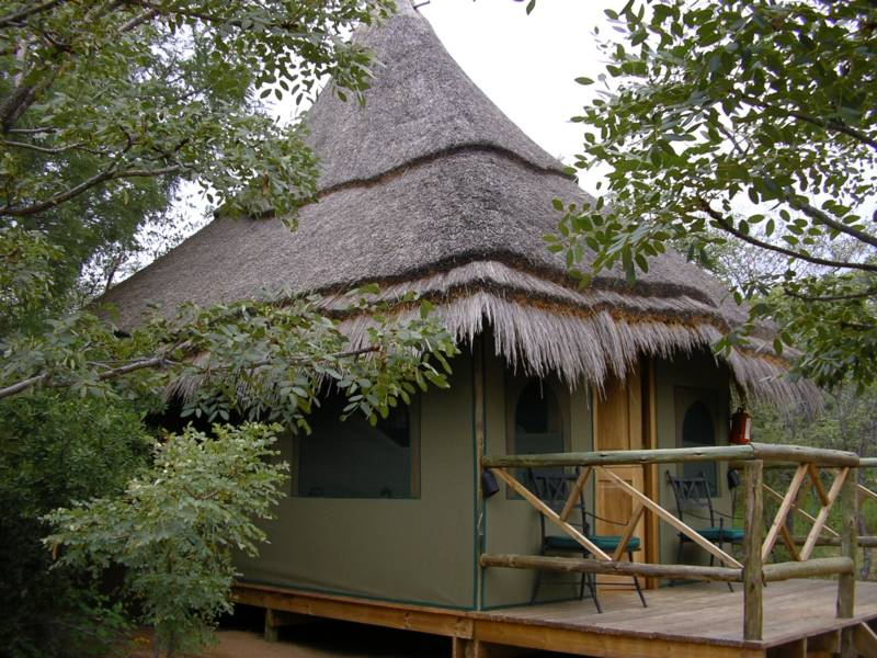 Mookgopong (Naboomspruit) Game Lodges & Resorts - Sleeping-OUT.co.za