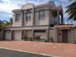 Atlantic Beach Villa Guest House