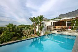 Cape Paradise Lodge