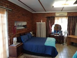 Cassiandra Place 2 Self Catering