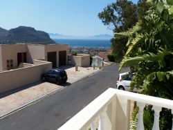 Charming bachelor pad - Fish Hoek, Cape Town