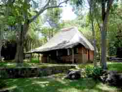 Chilila Cottages & Camp Site