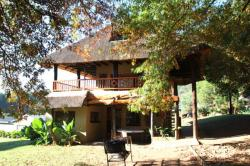 Emahlathini Guest Farm