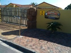 Flintstones Guest house Cape Town