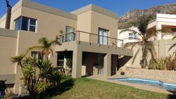 Gordon's Bay Villa