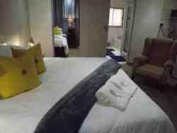 Guest House 4 U