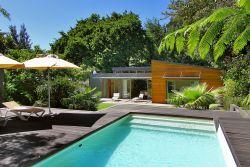 Higgo Crescent Villa