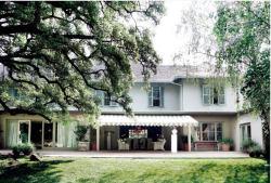 Hoeveld House
