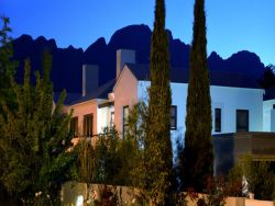 Holly Tree Franschhoek Accommodation