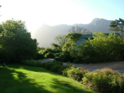 Houtkapperspoort Mountain Retreat