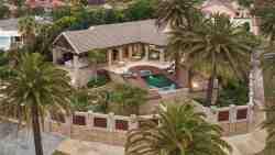 Island Way Villa Rental