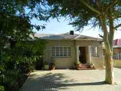 Koorsboom Cottage Guesthouse