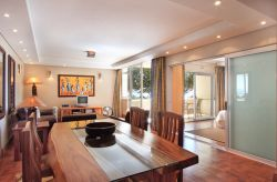 Lido Court Luxury Apartment