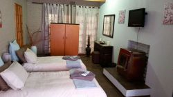 Lona Guesthouse