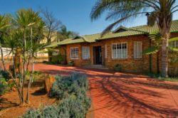 Mazambane Guesthouse