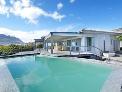 Pringle Bay Villa