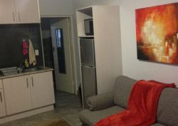 Red Wall Self Catering Studio