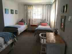 Rheola's Guest Cottage - Self-Catering Harrismith