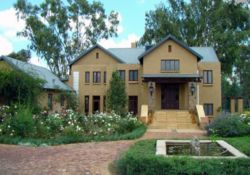Riverside House Bed & Breakfast