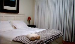 Santini Lace Self Catering