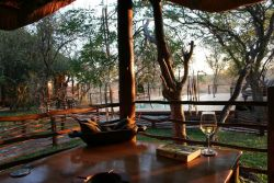 Toro Yaka Bush Lodge