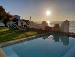 Westbank Private Beachfront Villa