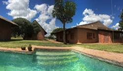 Zingela Nature Reserves - Acacia Lodge