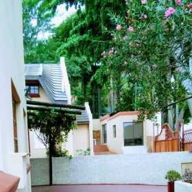 Lalakamnandi Guest House