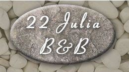 22 Julia Ave B&B
