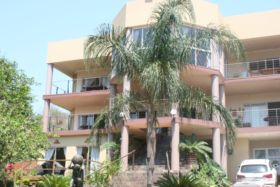 Villa Candilabra Guesthouse