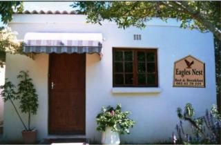 Eagles Nest B & B | accommodation in Grahamstown.