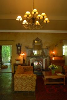 Hobbit Boutique Hotel guarantees their best price on this website.