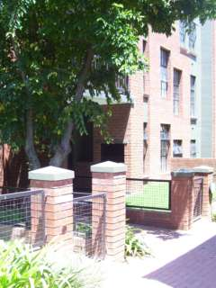 Leafy Apartments-Randburg guarantees their best price on this website.