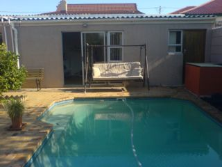 Abed Holiday Flat | accommodation in Wynberg.