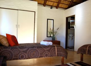 Tom Cats Safari Inn | accommodation in Southern Africa.