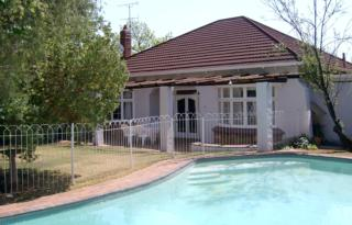 The Corner House | accommodation in Johannesburg.