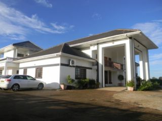 The White Palace Hotel & Spa Serowe
