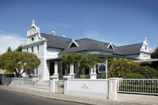 Caledon Villa Guest House | accommodation in Stellenbosch.