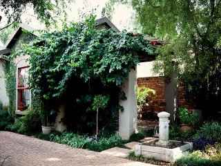 Ambiance Guest House | accommodation in Pretoria Central.