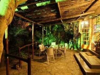 A Little Paradise Guest House | accommodation in Southern Africa.