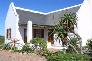 Sandpiper Guest Cottages | accommodation in Mossel Bay.