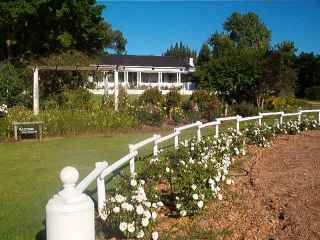 Haaskraal Vineyards and Country Lodge
