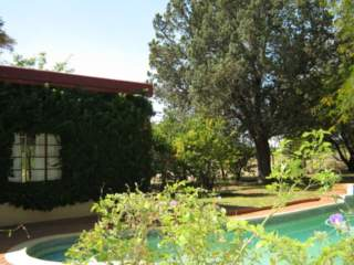 Bloemfontein: Grateful Guest House guarantees their best price on this website.