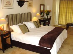 Double room/Kingfisher Suite  Room Thumbnail Pic 1