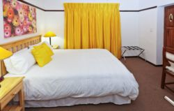 Queen Bed En-suites (3rooms) Room Thumbnail Pic 1