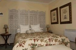 Self-catering suite Room Thumbnail Pic 1