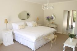 Self-catering units en-suite Room Thumbnail Pic 1