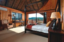 Giraffe Lodge, Tranquillity (Honeymoon) Suite, B&B Room Thumbnail Pic 1