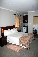 Deluxe Rooms Room Thumbnail Pic 1