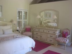 Rose Suite Room Thumbnail Pic 1
